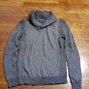 AR sweater size Medium